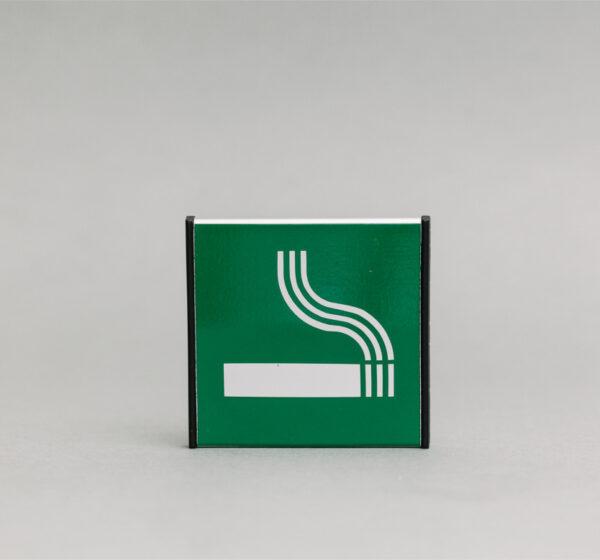 Rūkymo vietos informacinis ženklas, 93x93mm išmatavimų
