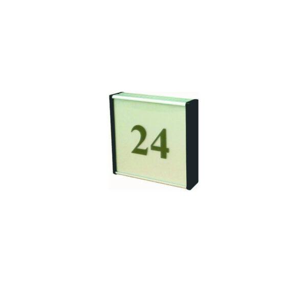 93x93mm dvipusė lentelė numeriui su juodais antgaliais ir juodu užrašu